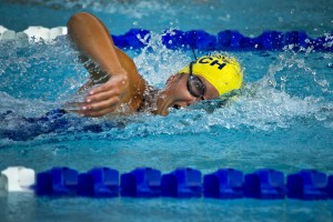 Beim Schwimmen von Vorteil: Lange Arme