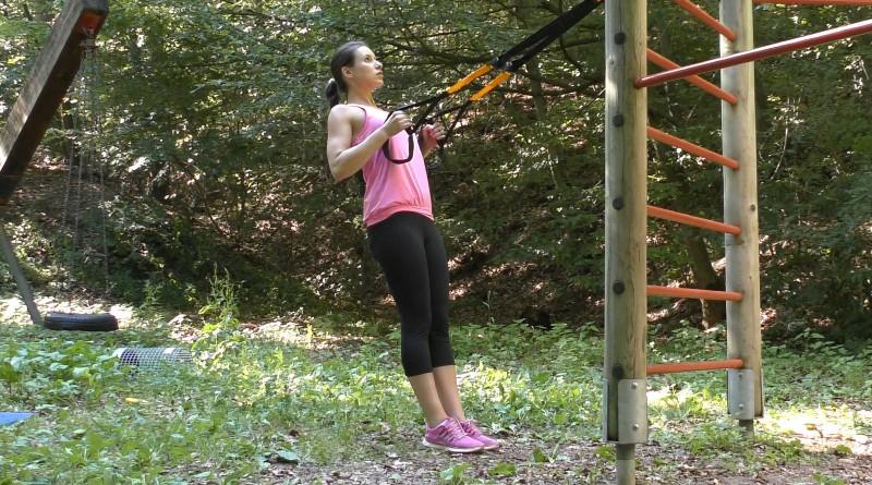 Slingtrainer - Rudern im Stehen