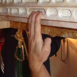 Offene Hand - Diese Art zu greifen ist sehr freundlich für Sehnen, Bänder und Kapseln